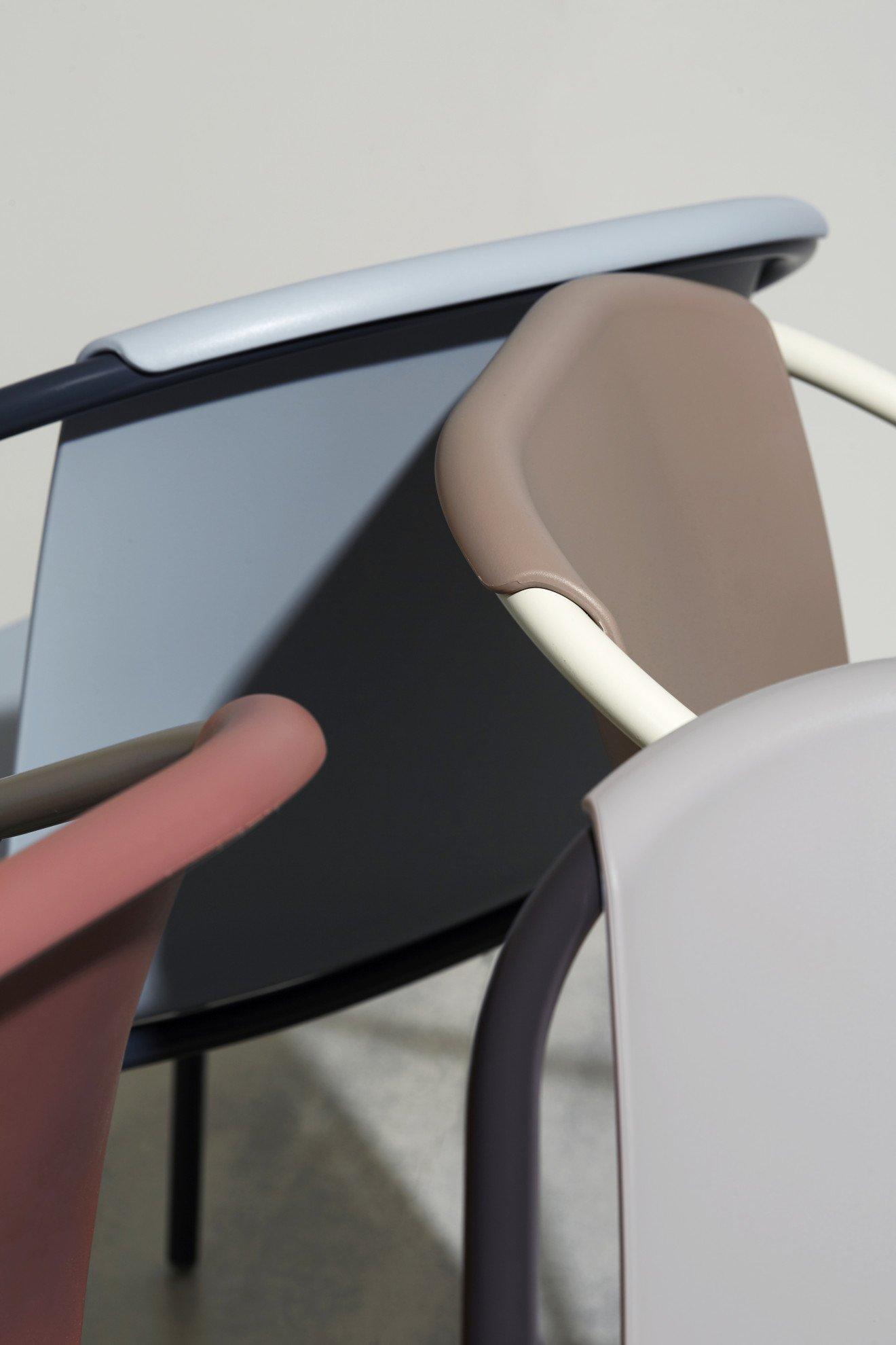 Chairs - Ezpeleta